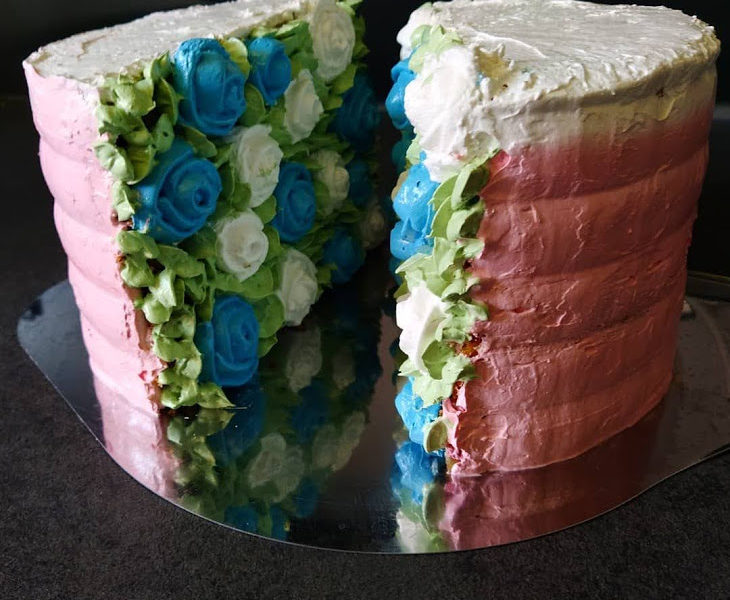 Valentinstag Torte mit Rosen