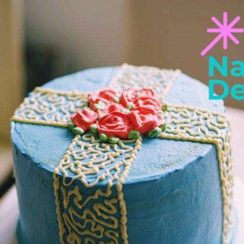 Nasch Deko Geschenk backen Sahne Nuss Torte Honigkuchen Rosen